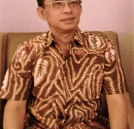 Prof. Drs. Damris M, M. Sc, Ph. D